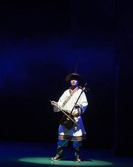 大型原创蒙古族音乐舞台剧《天佑神骏》