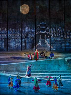 黎巴嫩卡拉卡拉舞蹈剧场《穿越丝路》